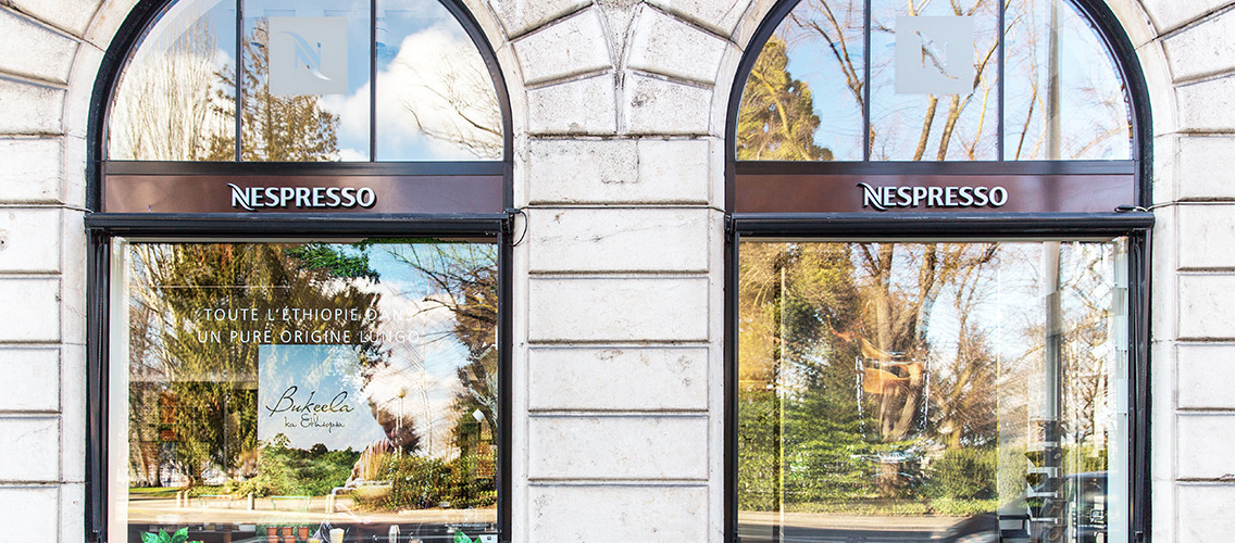 Design the NESPRESSO boutique window for its new ice cold coffee