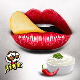 "Pringles ""Sour Cream & Chili"""