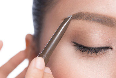 Skill minimizing eyebrow product